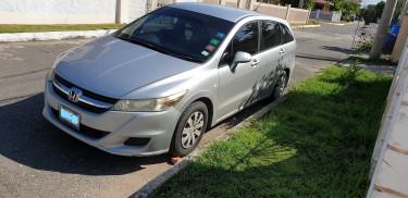 2011 Honda Stream