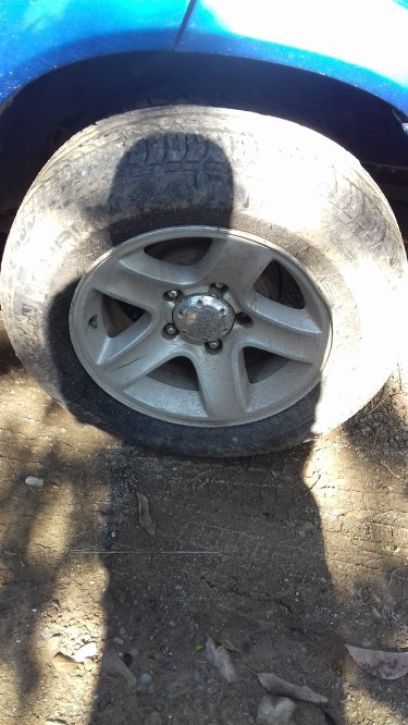 01-05 Grand Vitara Rims Need Them Gone