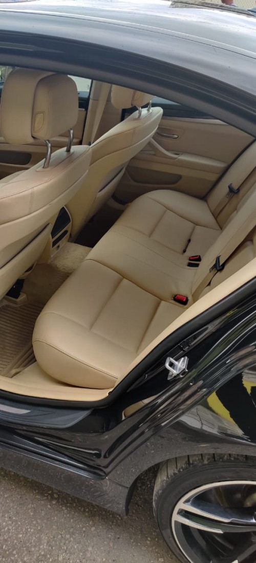 BMW 528i Twin Turbo Excellence Condition 2012