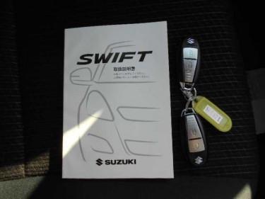 SUZUKI SWIFT 2014 White