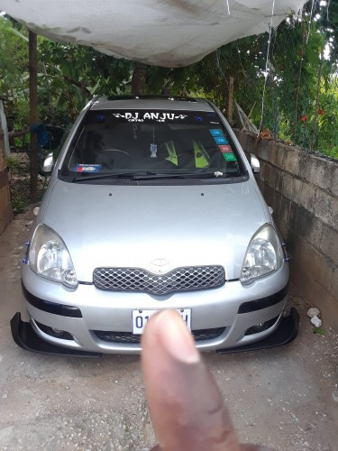 2003 Toyota Yaris