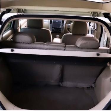2005 Nissan Tida