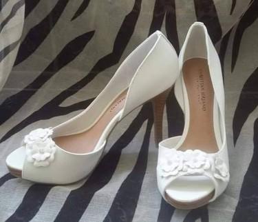 $2500 CLEARANCE SALE ON WOMEN SHOES Women's Shoes Half Way Tree