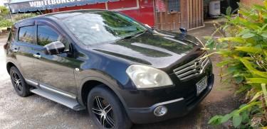 2010 Nissan Dualis Black