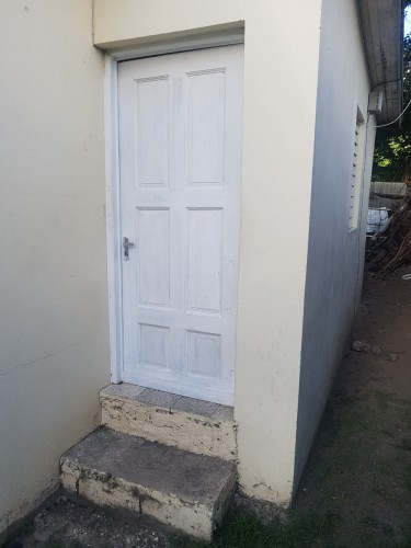 Single Room, Share BR N Kit (shared With Female )