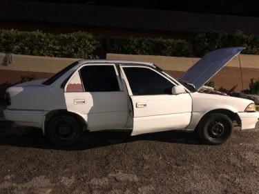 1990 Toyota Corolla (flatty)