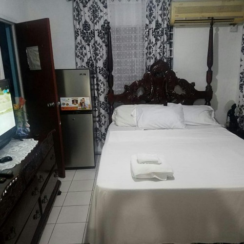 Short Term Vacation Rental Airbnb $30US Dollars A