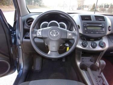 2012 Toyota RAV4 4x4 Sport 4dr SUV V6