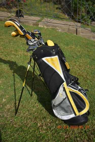 Acuity TurboMax Golf Club Set With Bag And Balls