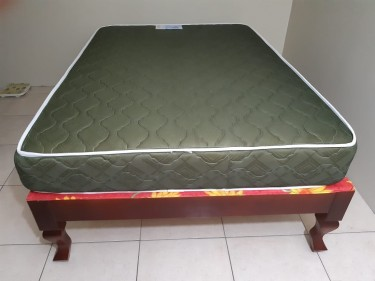 (NEW) Firm Full/Double Mattress & Bed Base