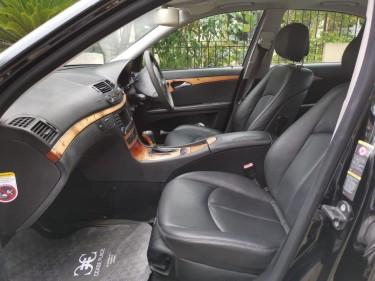 2008 Black Mercedes-Benz E-Class