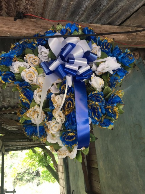 Funeral Wreaths Made To Deliver Any Size An Shape