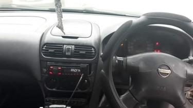 2004 NISSAN B15 4WD