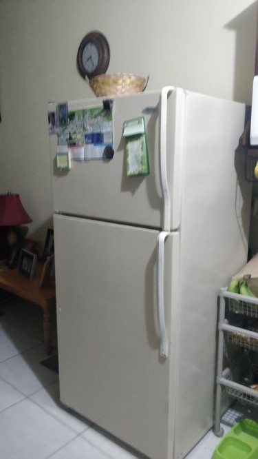 14 Cf Whirlpool Fridge (used)