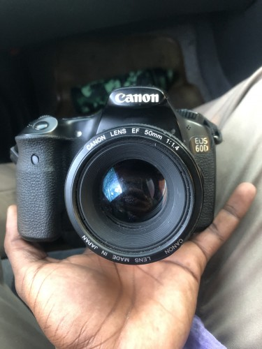 Cannon Camera (Eos 60D) 50mm Lens