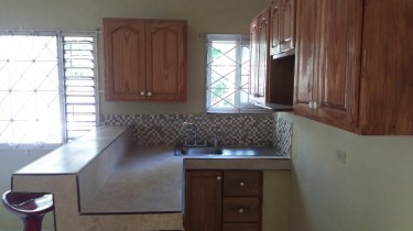 1 Bedroom Self Contained House Available For Rent.