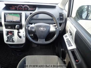 2010 Toyota Noah Si