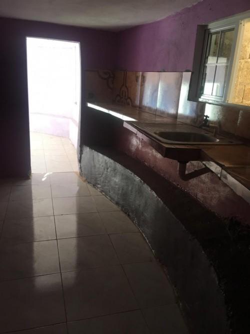 Master 1 Bedroom, Kitchen, Bathroom & Bar