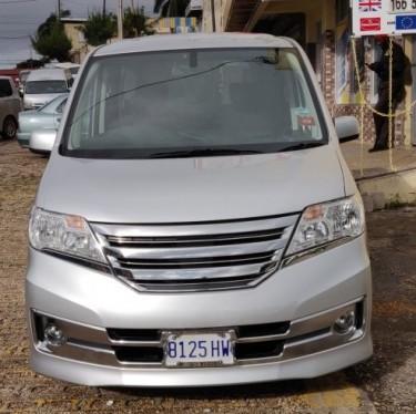 2013 Nissan Serena Cars Mandeville