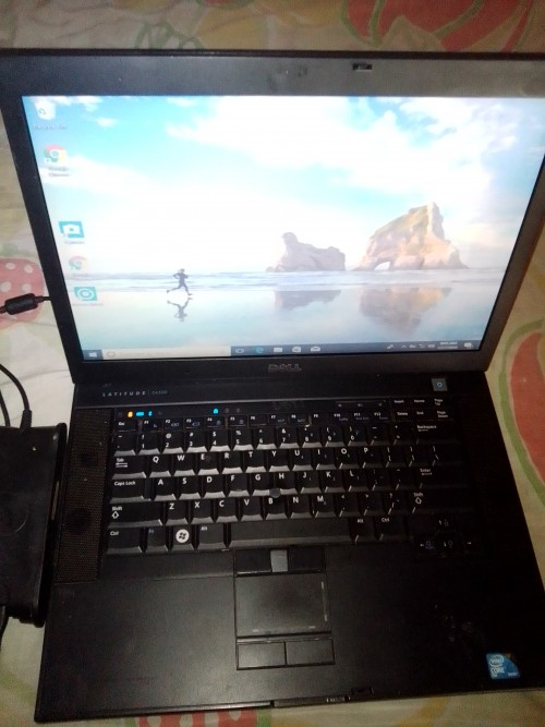 Dell Laptop For Sale Need It Gone 3gb Cheap 15k