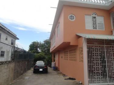 5 BEDROOM 3 BATH IN RESIDENTIAL COMMUNITY