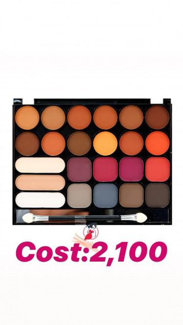 Nicka K 23 Colors Matte Eyeshadow Palette