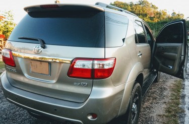 2009 Toyota Fortuner