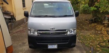 2012 Toyota Hiace Cars Manchioneal
