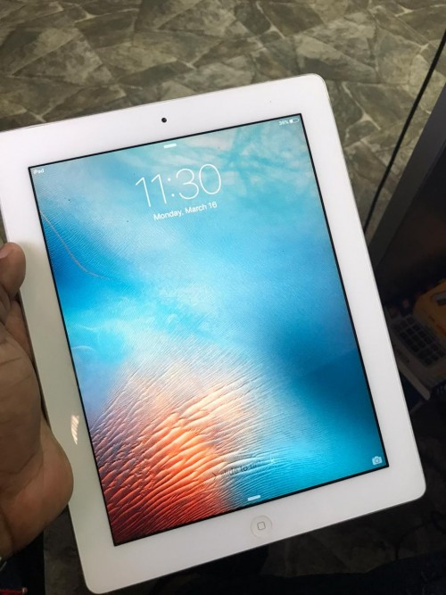 IPad 2nd Gen 17k
