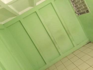 1 Bedroom Shared Kitch & Bath
