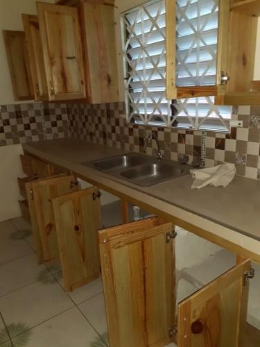 2 Bedroom Living Dining Bath Porch Washroom
