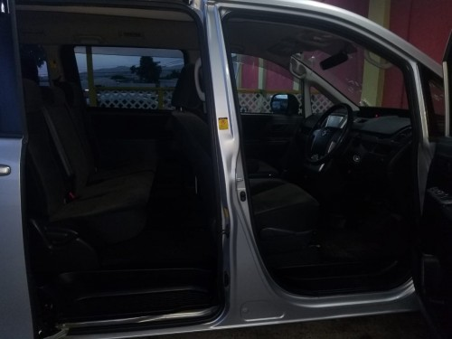 2010 Toyota Noah For Sale Just Imported