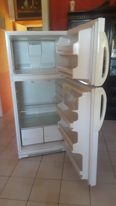 90% Condition Fairly Large Admiral Fridge, Used