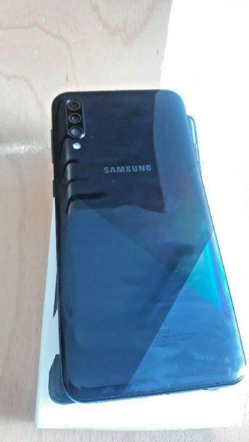 Samsung Galaxy A30s 4GB 64GB Whatsapp +15623735967