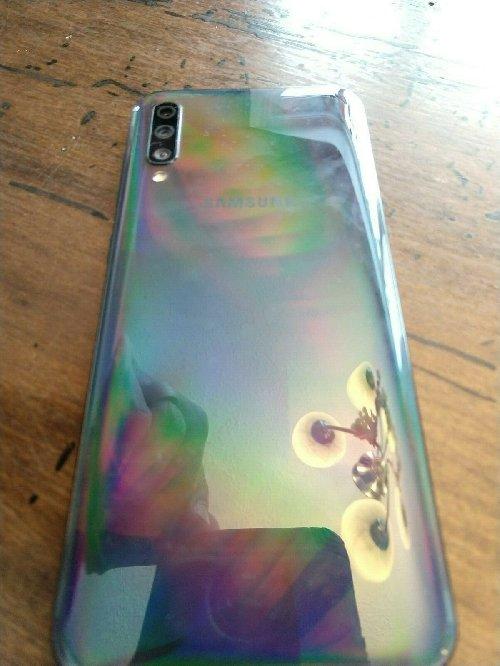 Samsung Galaxy A50 64GB Whatsapp +15623735967