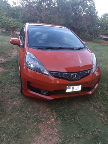 2011 HONDA FIT RS