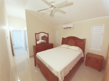 Furnished 2 Bedroom In Portmore Country Club