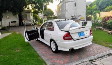 Mitsubishi Evolution Rs