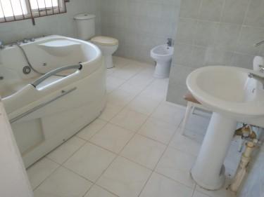 3 BEDROOMS, 3 BATHROOMS
