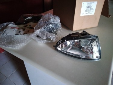 Brand New 2004-2005 Honda Civic Fog Lights