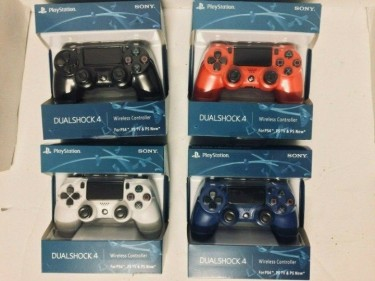 PLAYSTATION 4 AND XBOX ONE S GAMES AND CONTROLLERS Consoles 13500