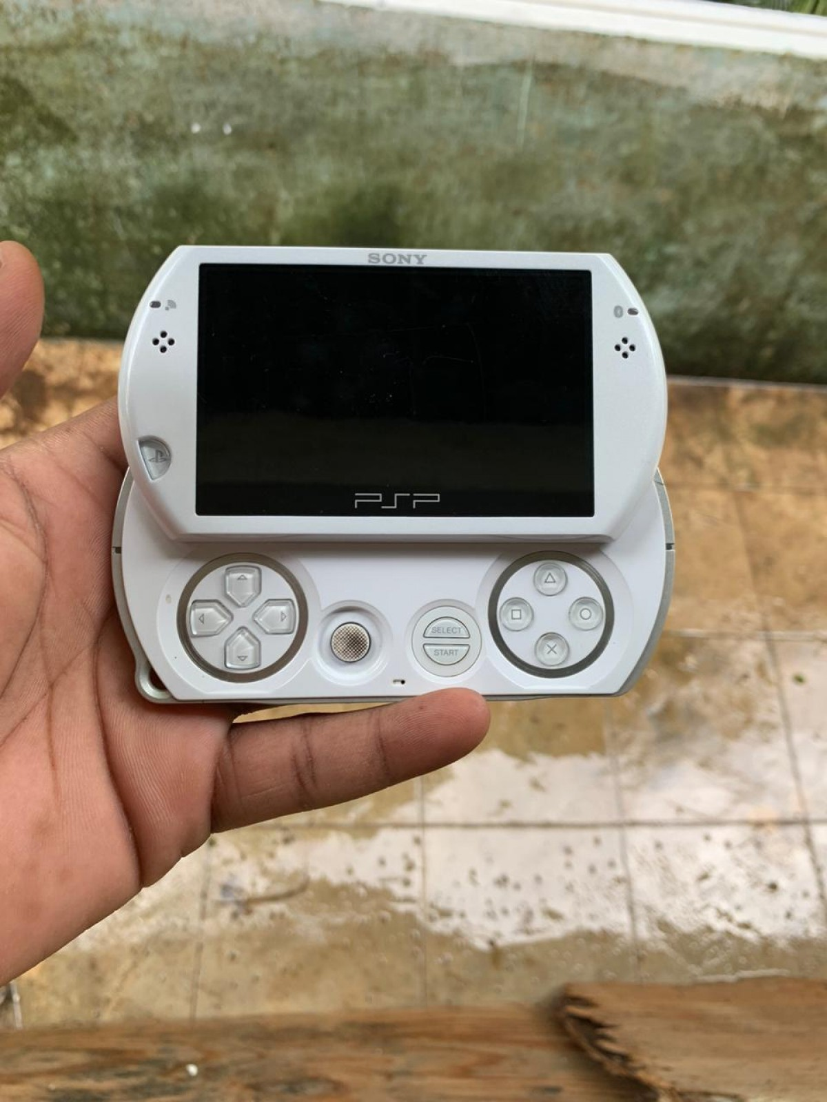 Psp Go for sale in Spanish Town St Catherine - Consoles