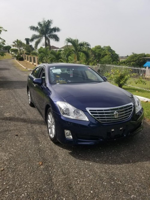 2010 Toyota  Crown Royal Saloon Newly Imported For Cars Saint Andrew
