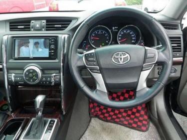 Toyota Mark X 2011