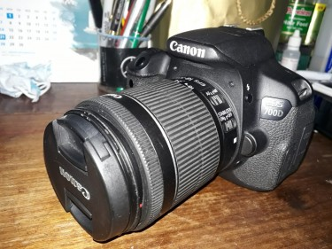 Cannon T5i Eos 700d