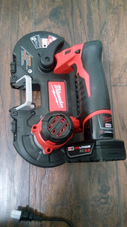 Milwaukee M12 Bandsaw Set Blade Included