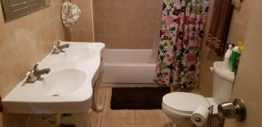 Beautiful 6  Bedroom 4 Bath House At The Aviary