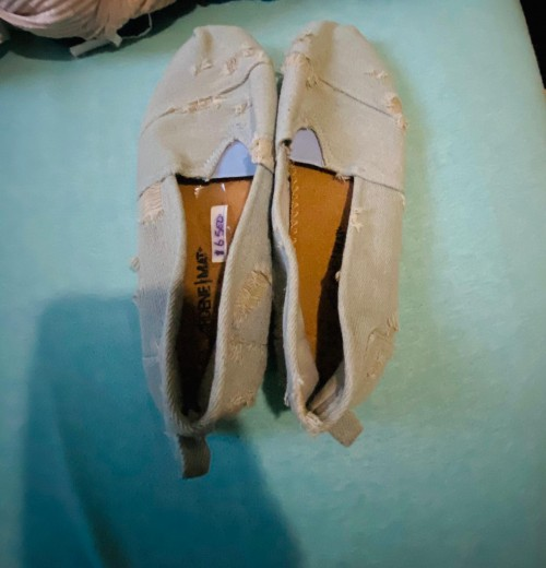 Brand New Ardene Mat Jeans Flat Shoes, Size 9.