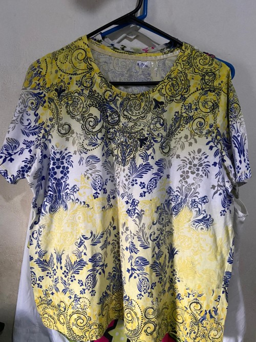 Yellow/blue/white Floral Blouse, Size Large.