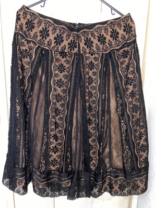 Black And Gold Lace Skirt, Size 8.